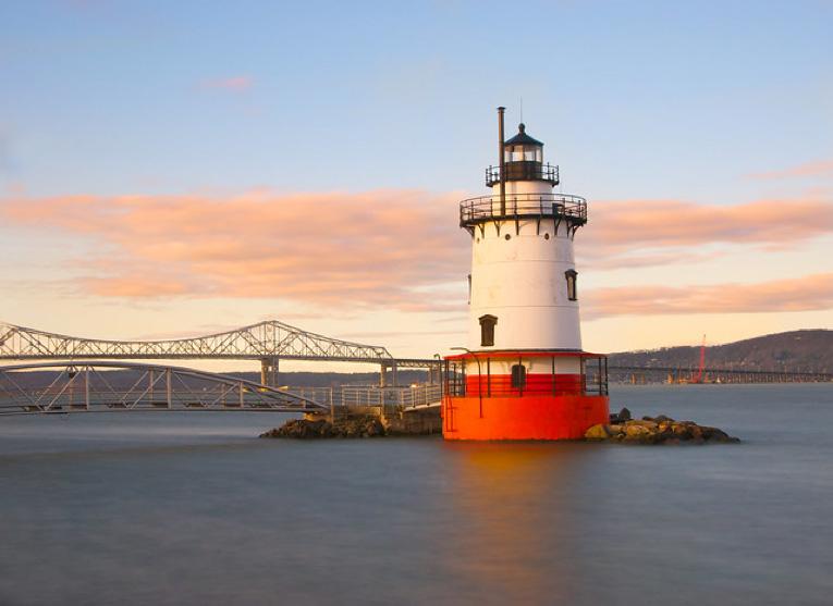 The Tarrytown Lighthouse