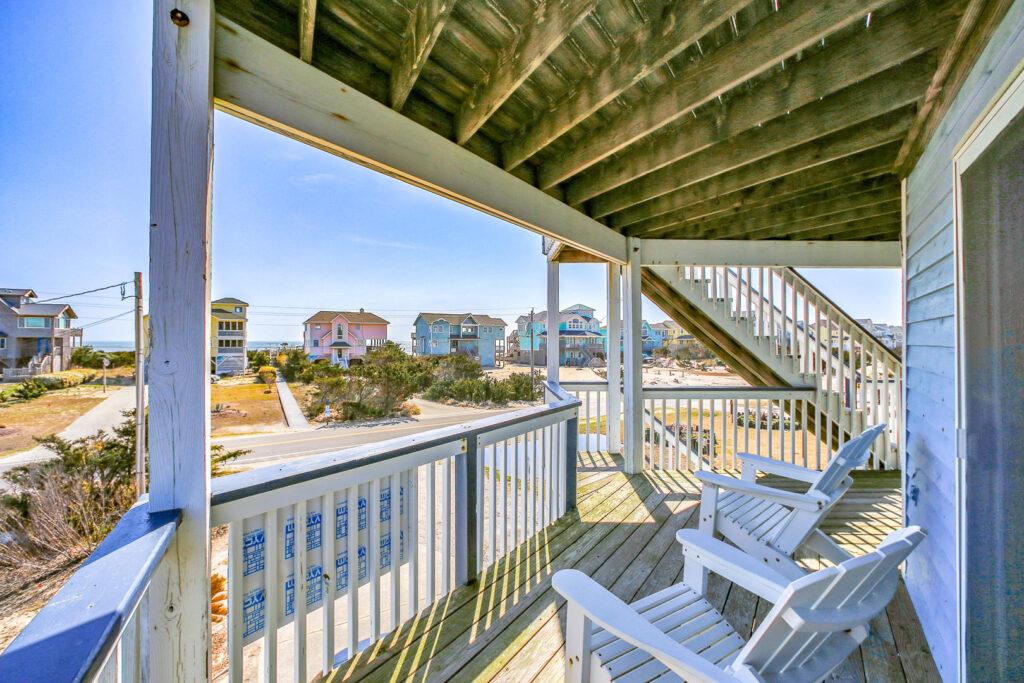 Lower Deck ocean and street views