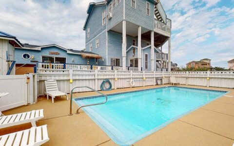 Saltwater Pool with available heat