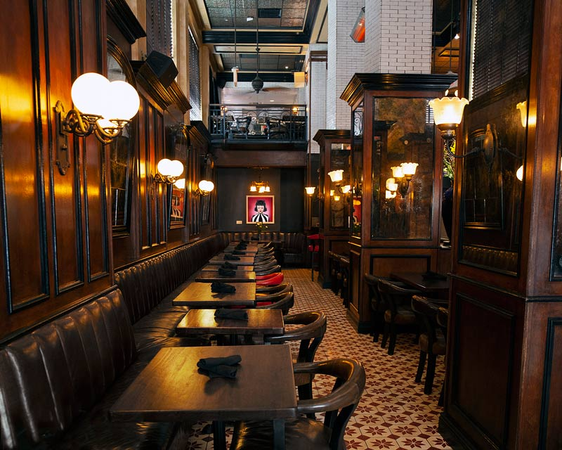 Vegetarian Small plates Clean Signature Cocktails Refined Farmers Market Fresh Shared plates High level Theatrical Energy Artful Parisian European Business lunch Art Deco Architecture Happy hour Date night Girls night out Weekend brunch Bachelorette party Birthday Rehearsal dinner Spirits Brunch Ceremony Graduation parties Seasonal Exciting Lively Class Sass, class, fun en masse Library Theater