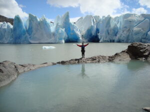 Patagonia: at a pond above the lake in front of the glacier, it looks like an infinity pool
