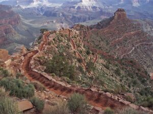 Grand Canyon, roaming the steep South Kaibab Trail