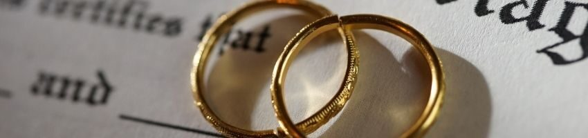 two rings under the marriage certificate record