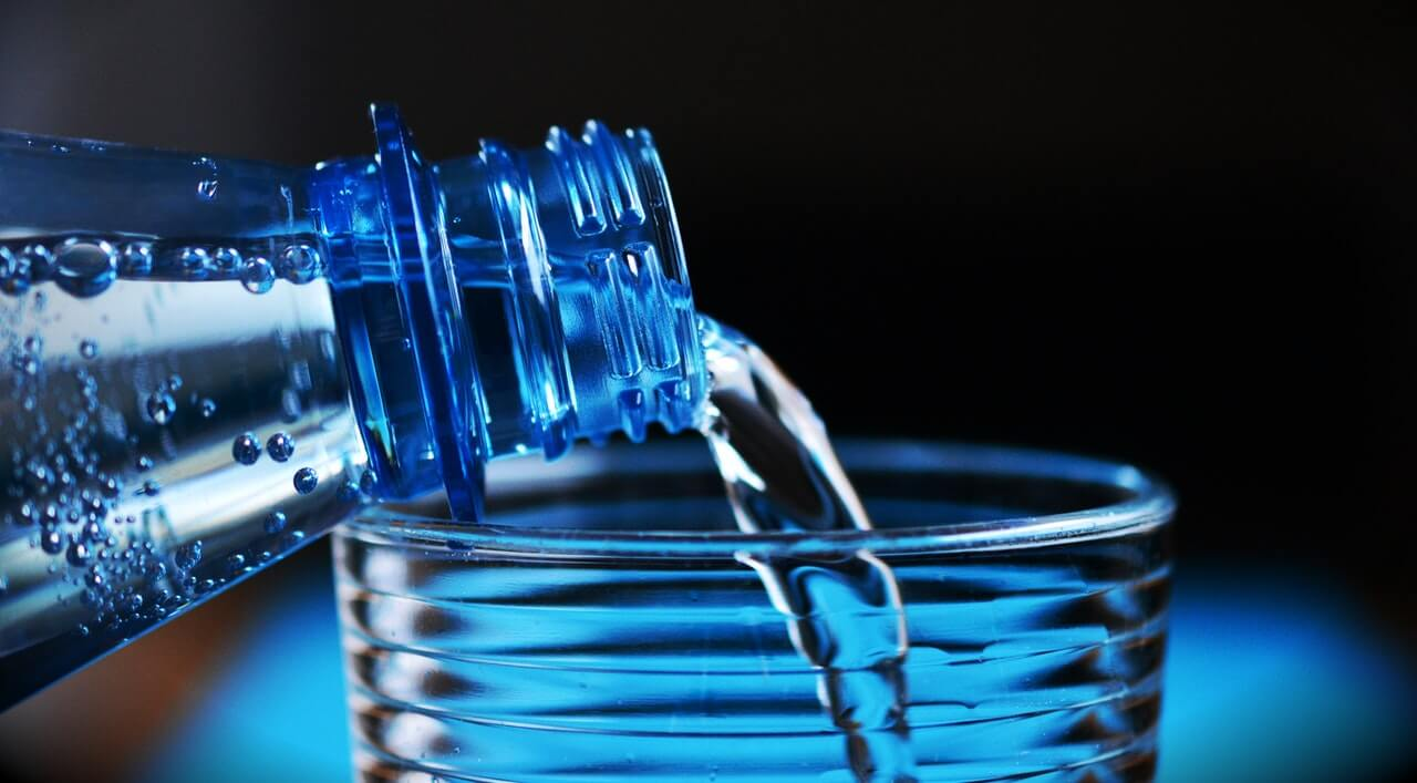 Coca-Cola's sparkling water - food tech news in asia