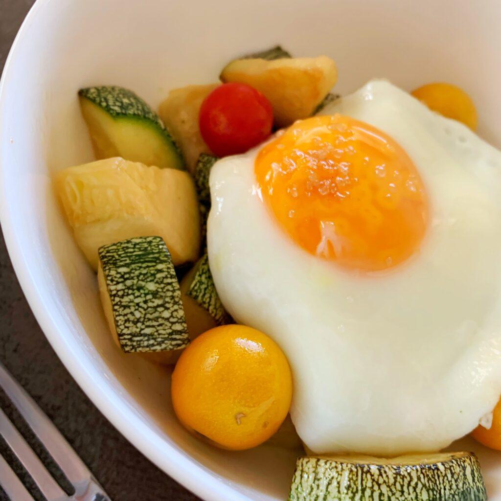Zucchini hash egg