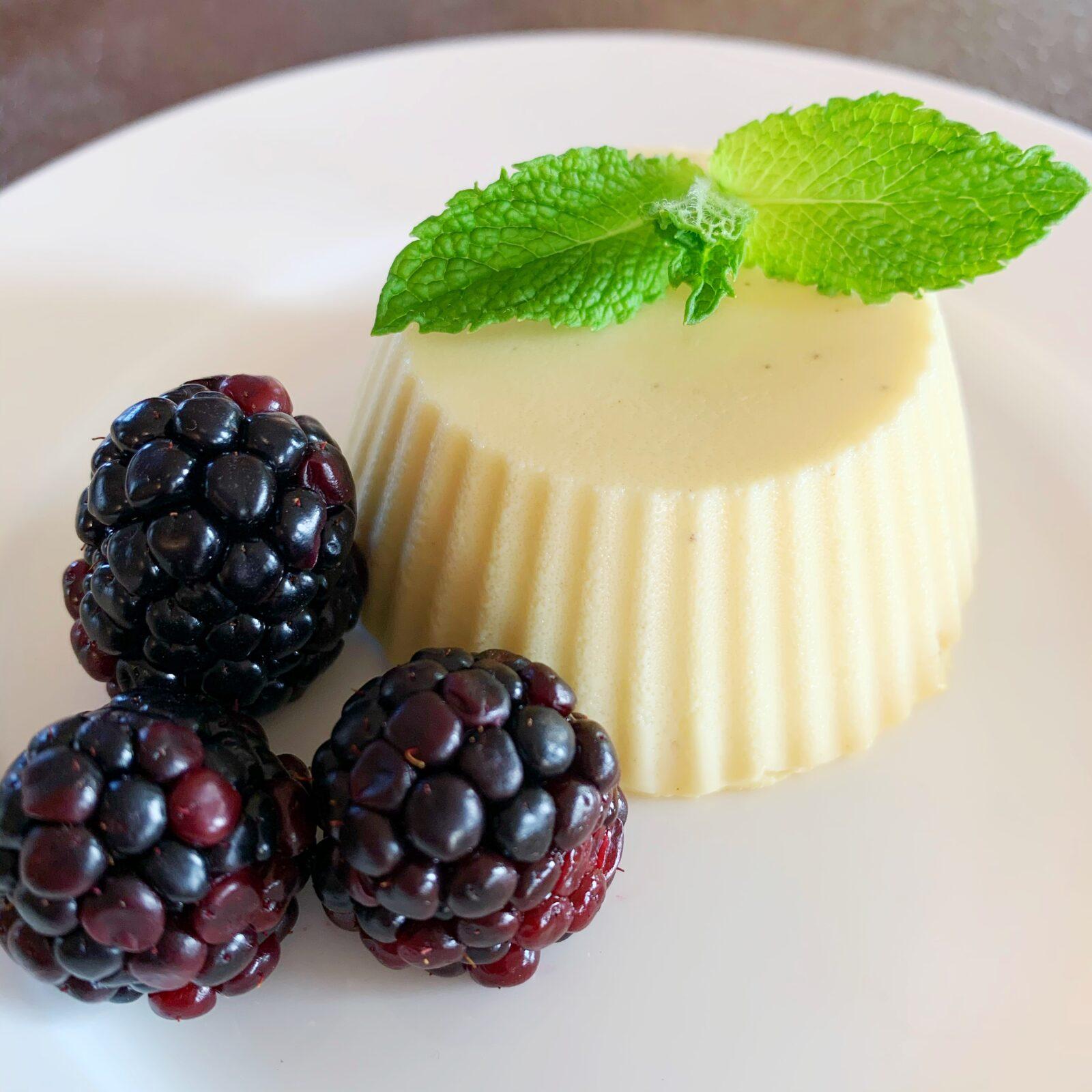 panna cotta dessert italian