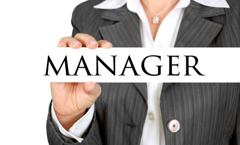 How to become a manager