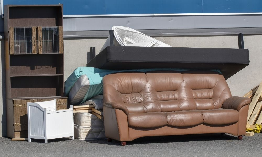 Best Types of Junk To Get Rid Of Before the Fall Season