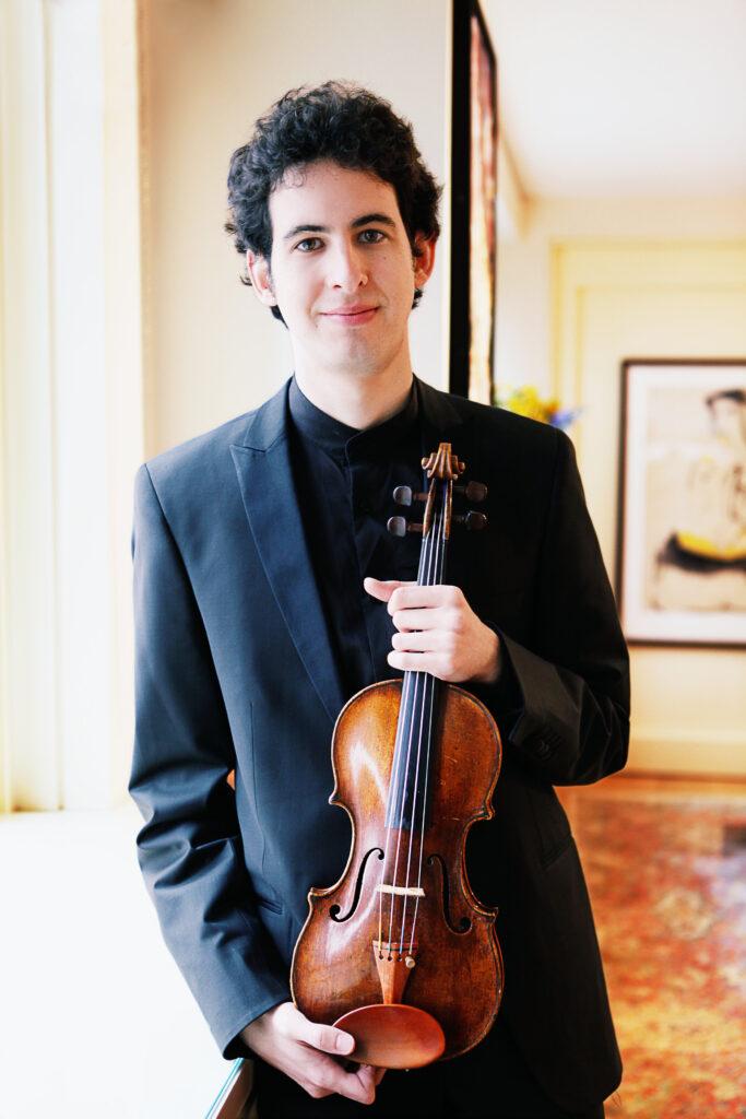 featured violinist itamar zorman with his violin