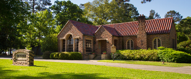 Snyder Museum and Creative Arts Center in Bastrop