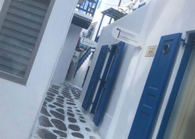 Greece_Ladies N the Sky_25