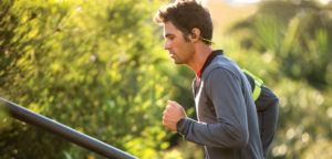 Man-jogging-by-plantronicsgermany-Creative-Commons