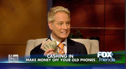 Kurt CyberGuy Knutsson Cash for iPhones