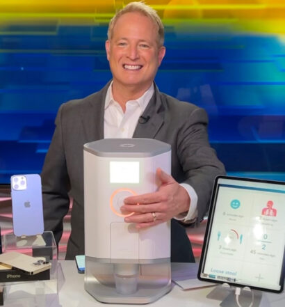 Kurt the CyberGuy reviews Hero pill dispenser on CyberGuy set