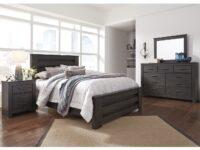 Brinxton 4-Piece Bedroom Set (Room View)
