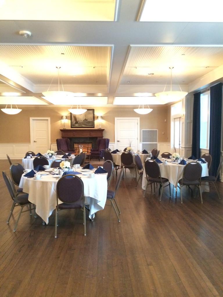 Business Winnebago Room-Dinner