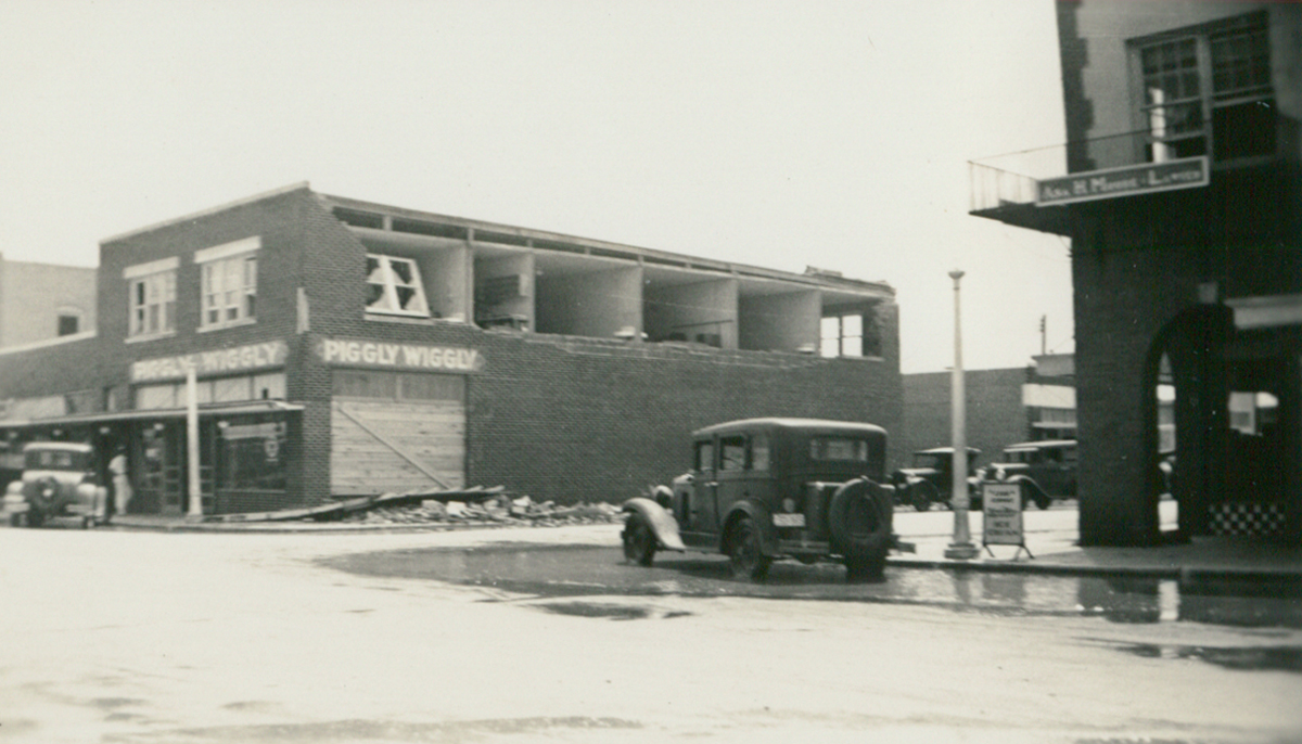 The 1933 Cuba–Brownsville hurricane struck in early September of that year and wrecked  havoc on lower Valley towns, including La Feria. This photo shows the corner of Main and Oleander Streets (present home of All Star Dental and La Feria News). The Piggly Wiggly took considerable damage during the storm. Photo: Courtesy Lisa Dunlevy Bordelon from the Lucile Wessels Dunlevy Collection.