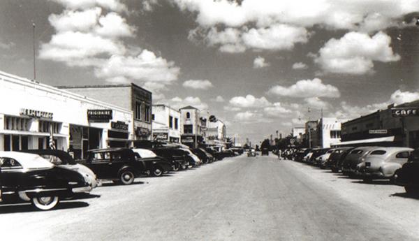 La-Feria-Main-Street