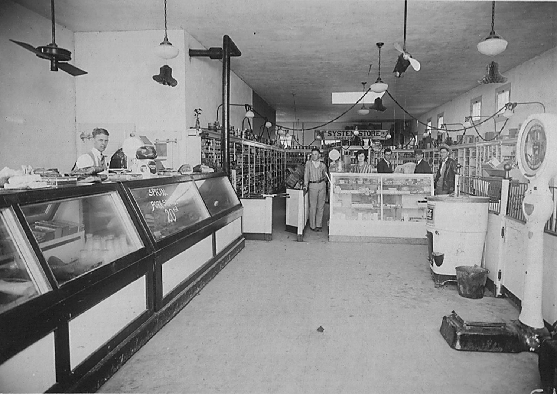 General Store in La Feria circa 1928. Photo: LFN Archives. click to enlarge.
