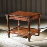 LV-630 CORNER TABLE (27HxW23xL23)