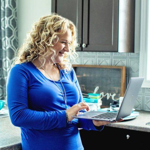 laptop-kitchen02-square-patti-m-hall-book-coach-memoir-writer