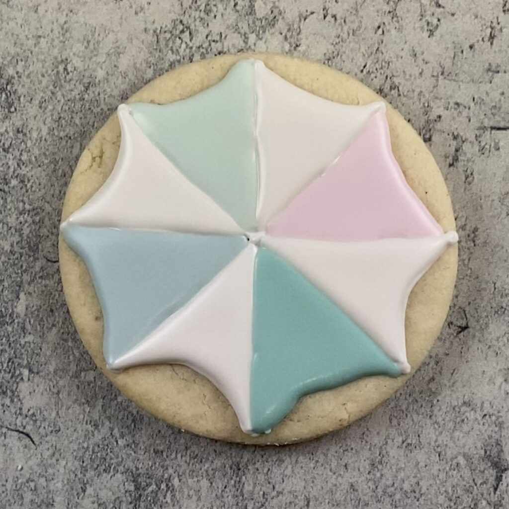 Fill cover for umbrella cookie