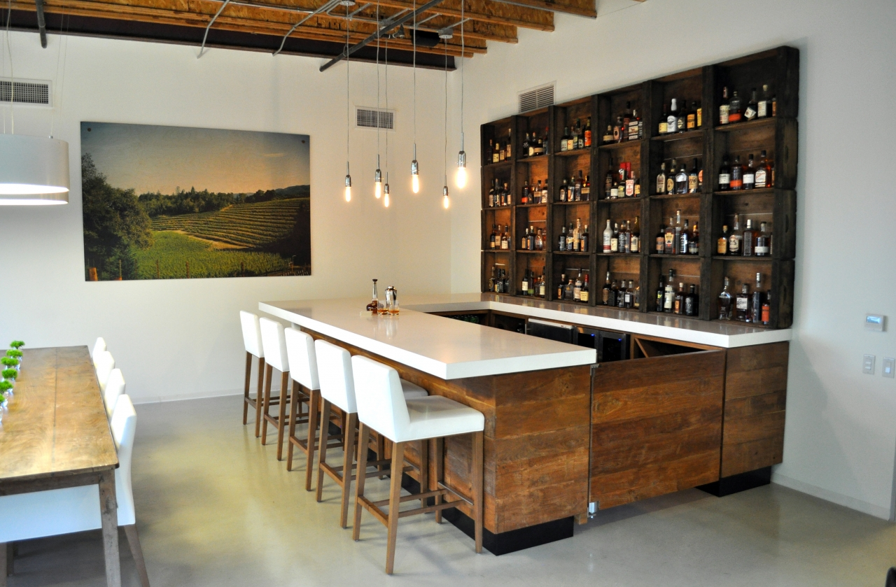 Reclaimed wood bar counter made from recycled teak