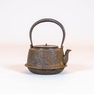Japanese Cast-Iron Tea Kettle (teapot)