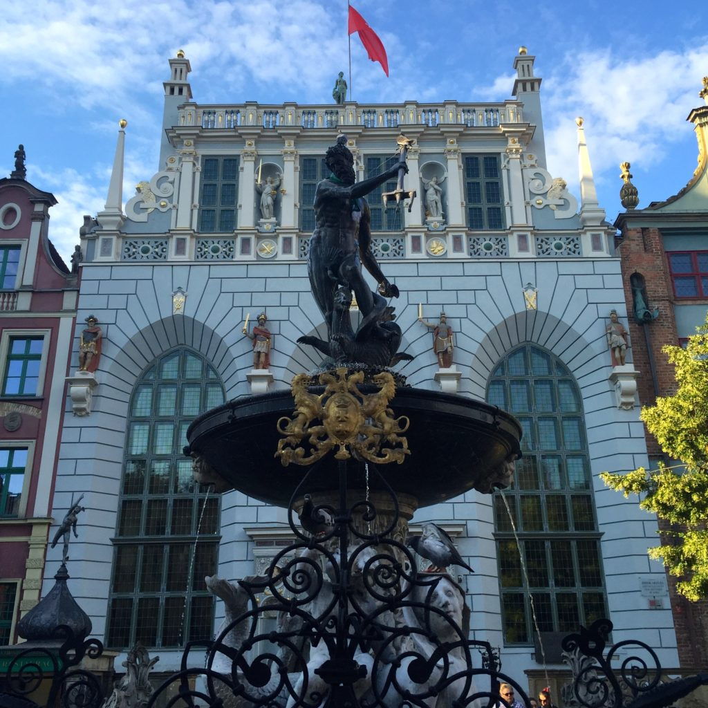 gdansk-attractions-long-market-neptune
