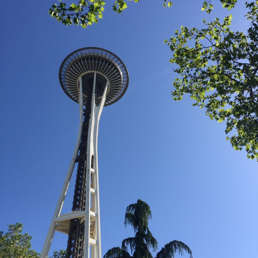 top-seattle-attractions-space-needle