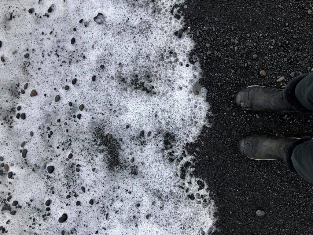 black-sand-beach-iceland-travel-diary