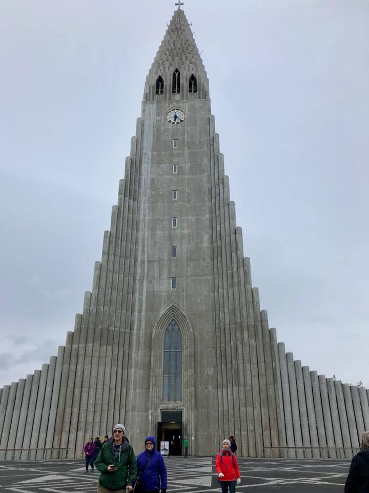 hallgrimskirkja-cathedral-iceland-travel-diary