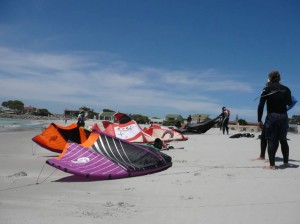 GALLERY KITING  (27)