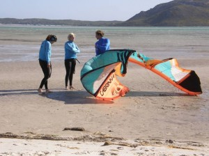 GALLERY KITING  (35)
