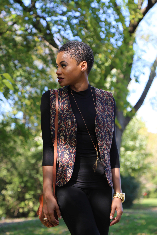 Pattern Vest and Black Legging
