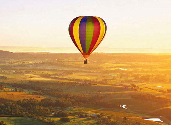 Image of hot hair ballooning during a Hunter Valley Private Tour