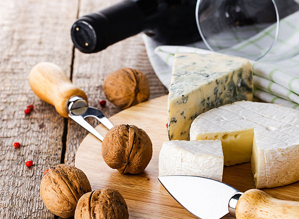 Image of wine and cheese board selection on your Hunter Valley Private Tour