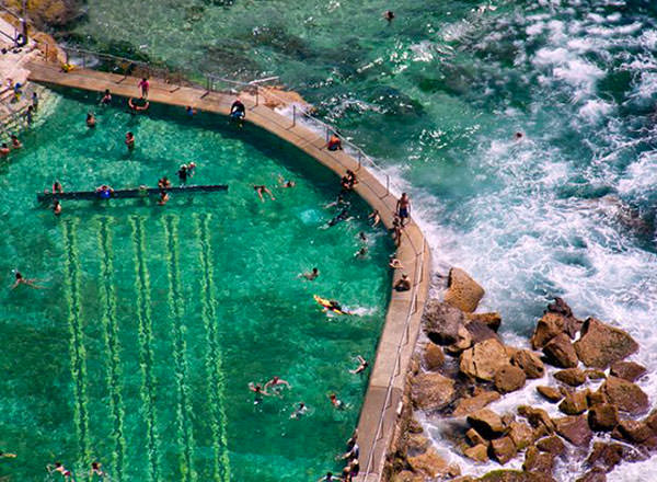An image of the soul-healing rock pool at Bronte Baths on your Aussie Beach Life Tour