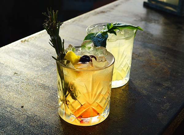Image of a nightcap cocktail on your Gourmet Nights Foodie Half Day Sydney Tours