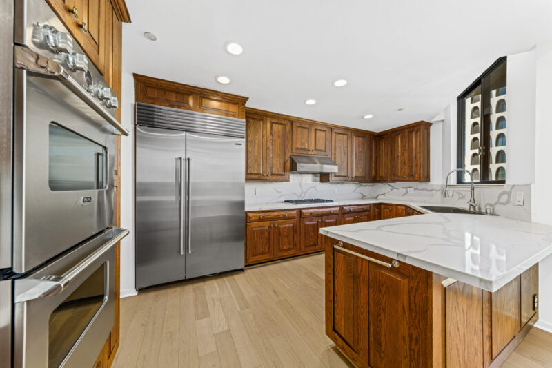 135 S McCarty Dr #302 (34 of 57)