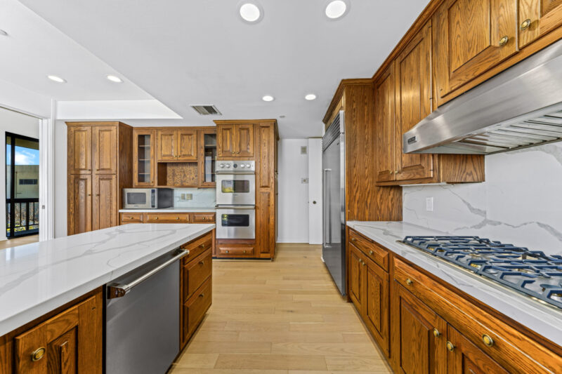 135 S McCarty Dr #302 (38 of 57)