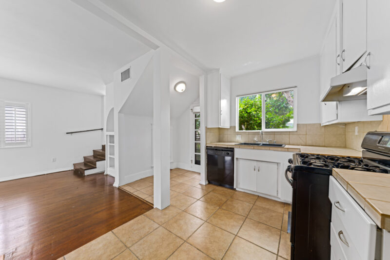 3104 S Beverly Dr (16 of 45)