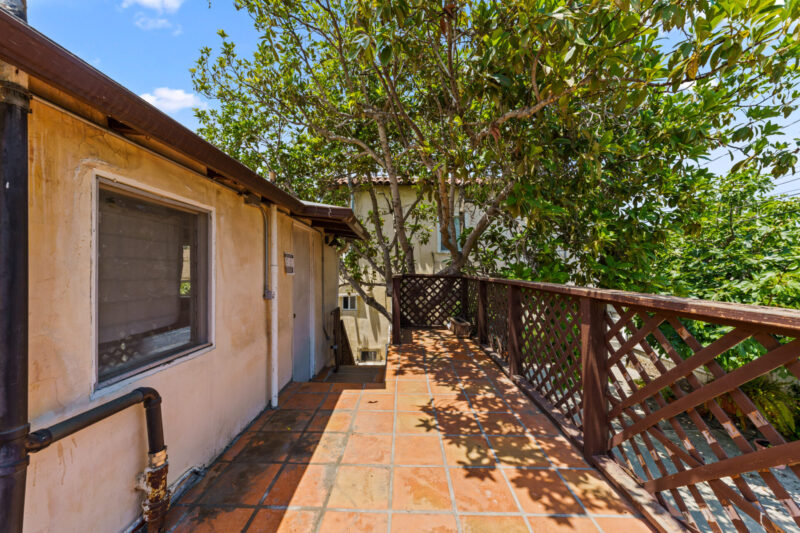 3104 S Beverly Dr (37 of 45)