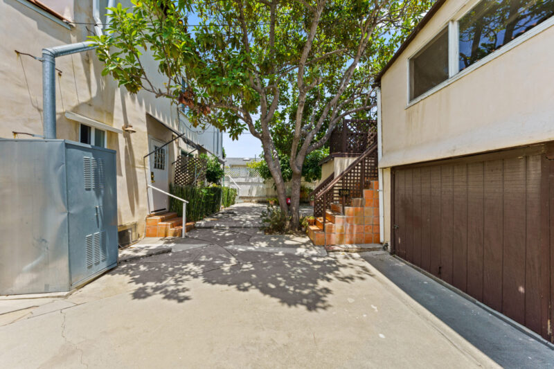 3104 S Beverly Dr (39 of 45)