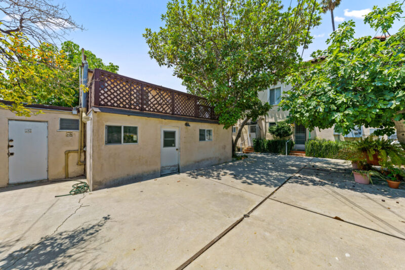3104 S Beverly Dr (43 of 45)
