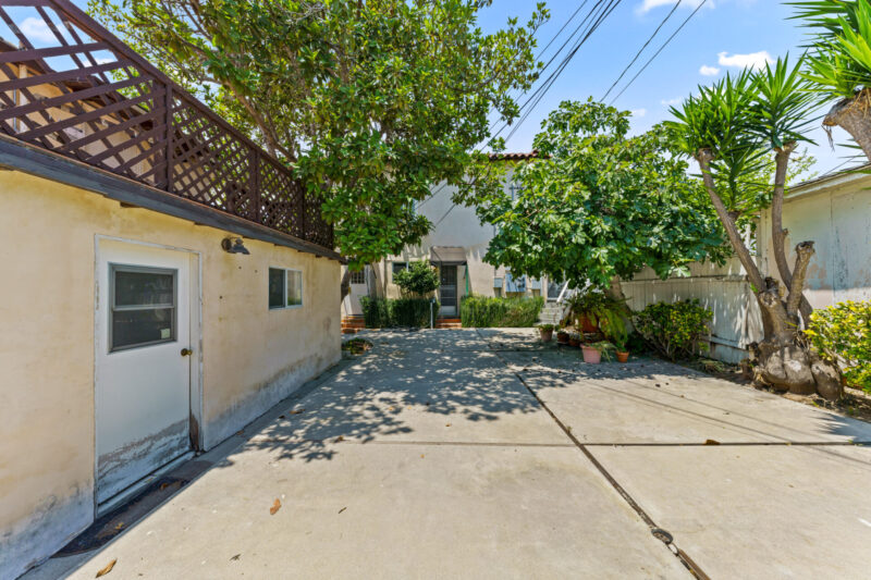 3104 S Beverly Dr (44 of 45)