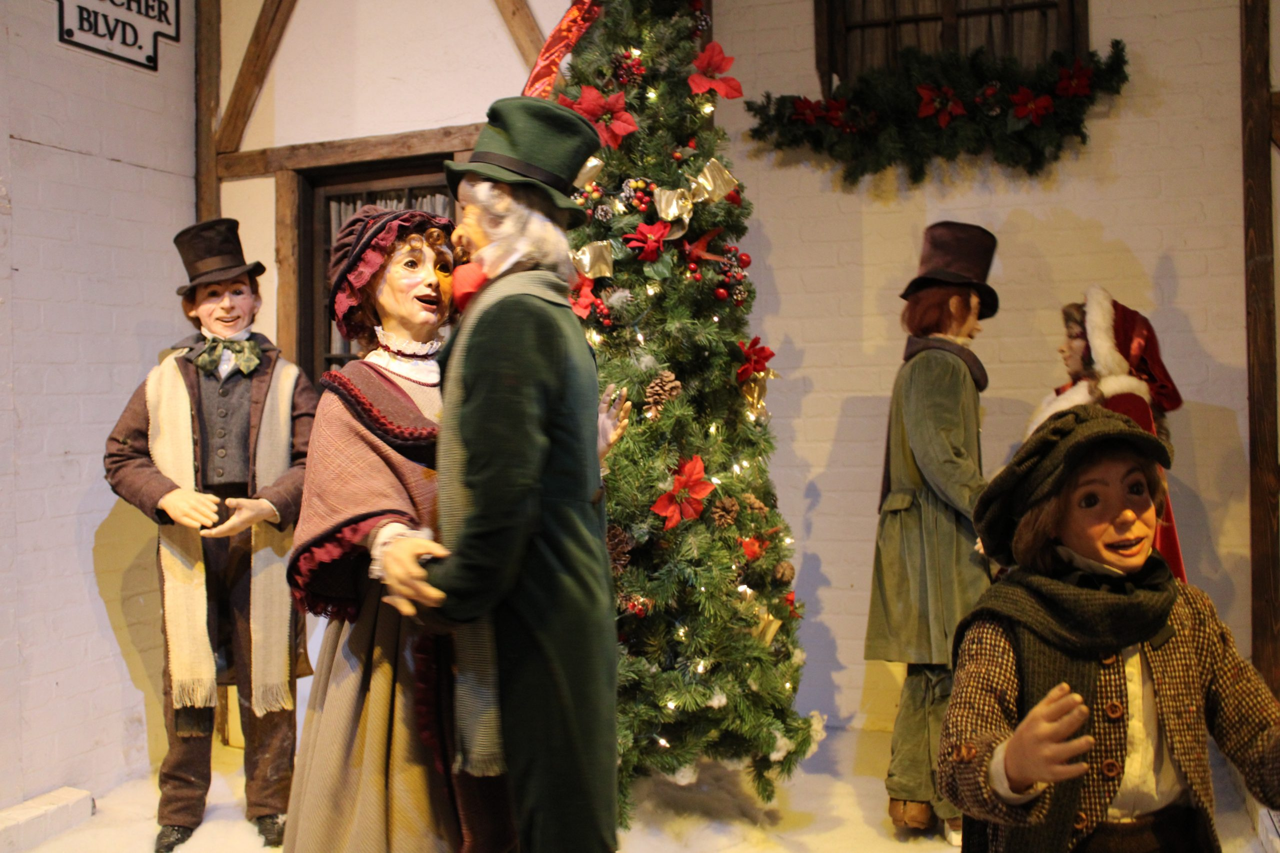 Macy S Christmas Light Show And Dickens Village Returns This Week Philly Influencer