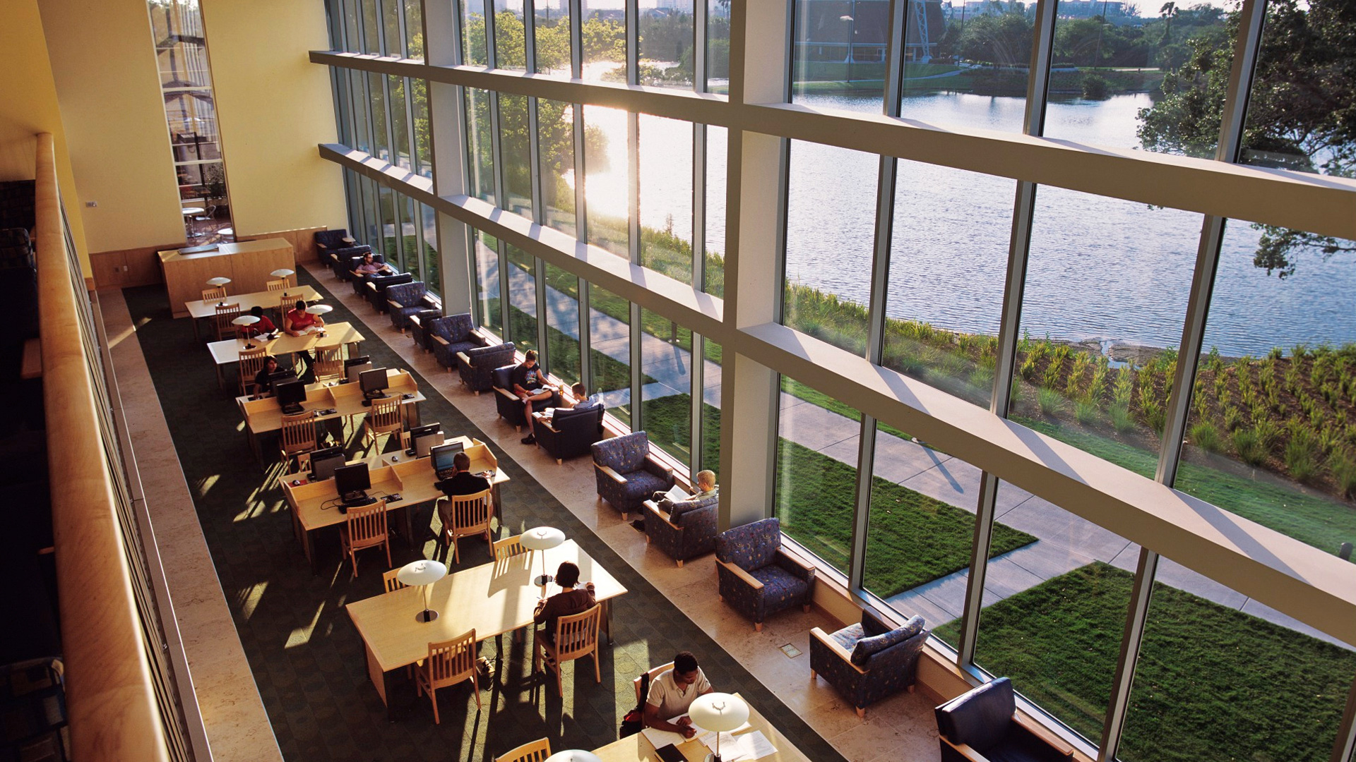 Eckerd College | Armacost Library