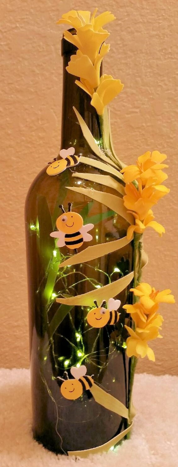Bumble Bee Lighted Wine Bottle