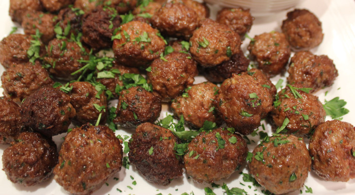 TBT Recipe: Spiced Lamb Meatballs with Garlicky Yogurt Sauce